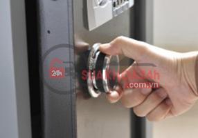 Sửa chữa dò mã khóa két